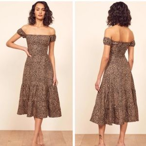 🌟Reformation Toulouse leopard dress size 6
